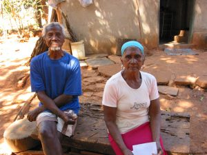 Two members of a quilombola community near the Morro do Ouro mine